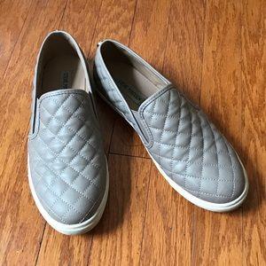 Steve Madden sneakers size 9!